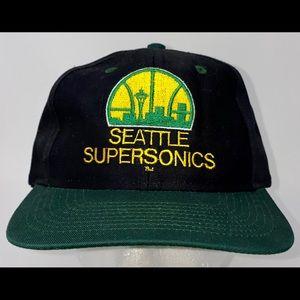 Seattle SuperSonics SnapBack Hat